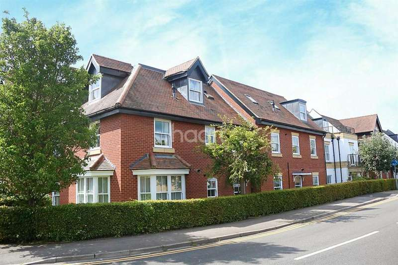 2 Bedrooms Flat for sale in Penn house
