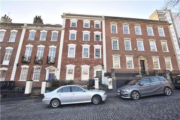 1 Bedroom Flat for sale in King Square, Bristol, BS2 8JQ