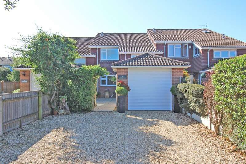4 Bedrooms Property for sale in Rookwood, Milford On Sea, Lymington