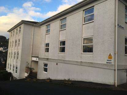 2 Bedrooms Flat for sale in Lower Erith Road, Torquay, Devon
