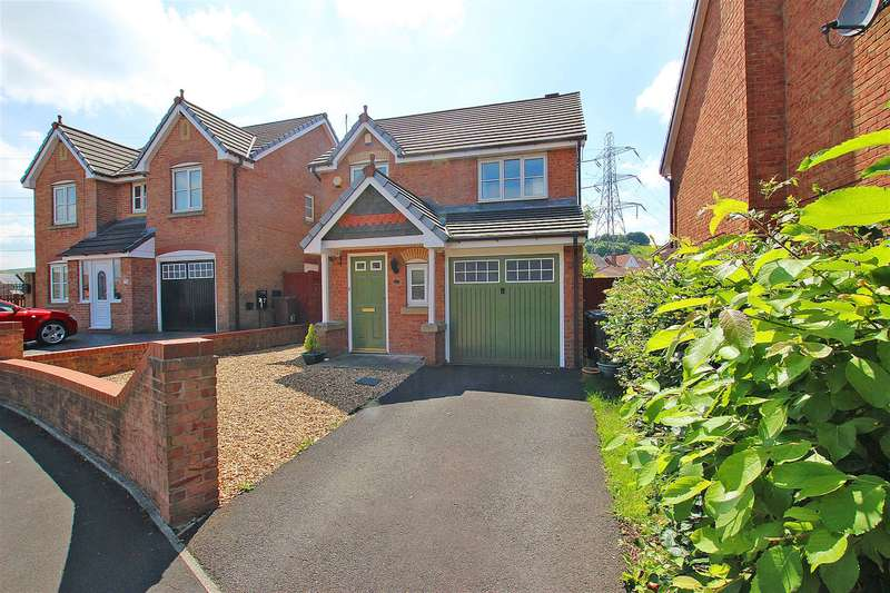 3 Bedrooms Detached House for sale in Thorneylea Blackburn BB2 4UQ