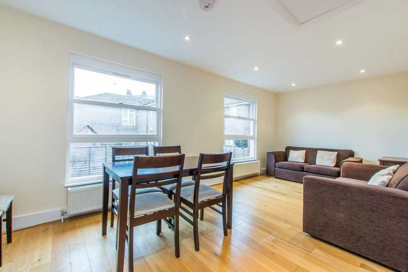 2 Bedrooms Flat for sale in Moresby Walk, Clapham, SW8