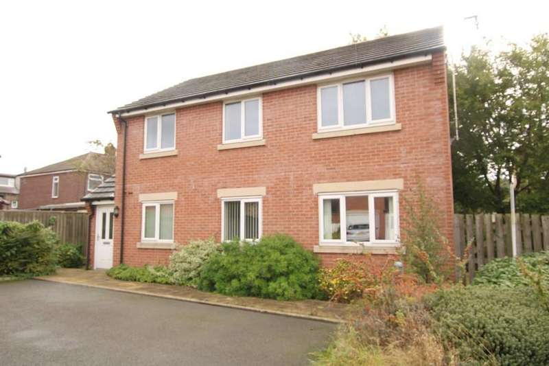 2 Bedrooms Apartment Flat for sale in Springfield Mews, Morley