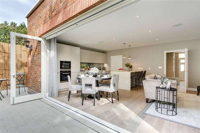 5 Bedrooms Detached House for sale in 6 Copley Park, Copers Cope Road, Beckenham, BR3