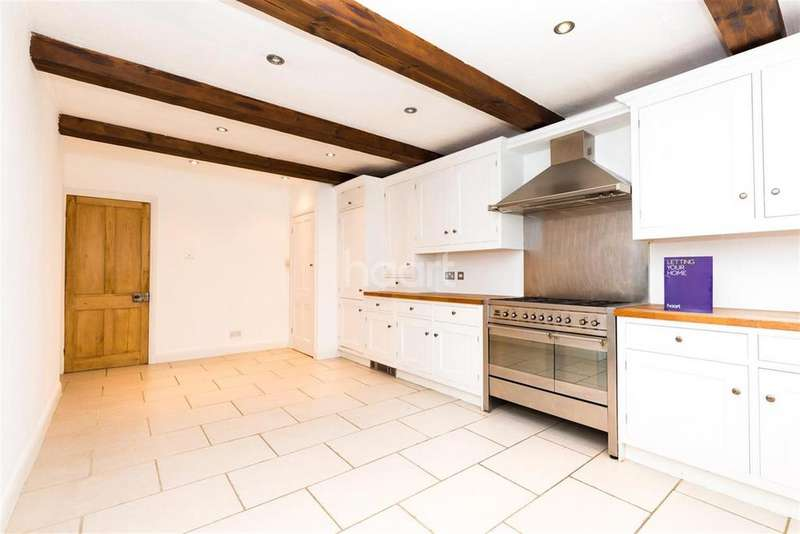 4 Bedrooms Detached House for rent in Old Charlton Road TW17