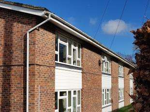 1 Bedroom Flat for sale in Taylors Field, Midhurst, West Sussex