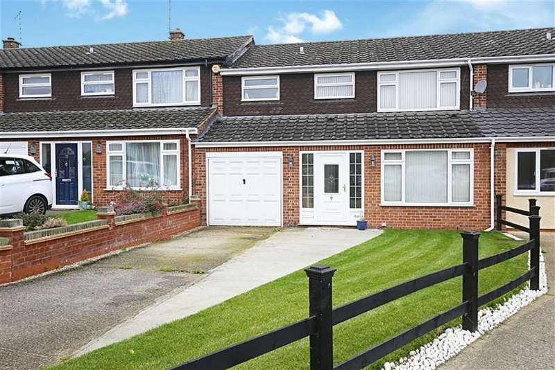 3 Bedrooms Terraced House for sale in Rowley Mead, Thornwood