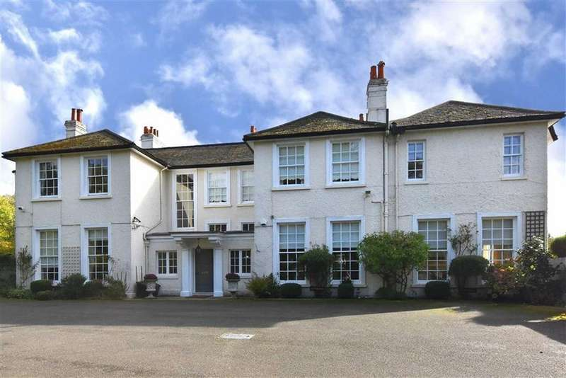 2 Bedrooms Flat for sale in Baston Manor Road, Hayes, Kent