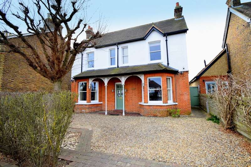4 Bedrooms Detached House for sale in Eton Wick Road, Eton Wick, SL4