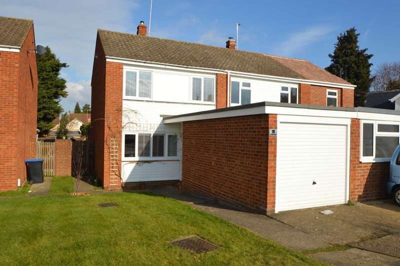 3 Bedrooms Semi Detached House for rent in ADDLESTONE / CHERTSEY BORDERS