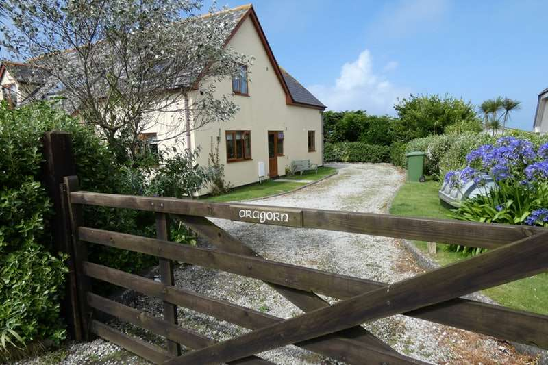 4 Bedrooms Detached House for sale in Mayon Green, Sennen, Penzance, Cornwall, TR19