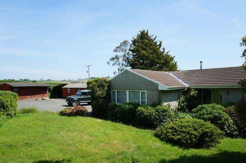 3 Bedrooms Detached Bungalow for sale in Vollards Lane, Saltash
