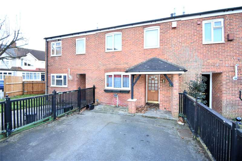 3 Bedrooms Terraced House for sale in Ilkley Close, Crystal Palace