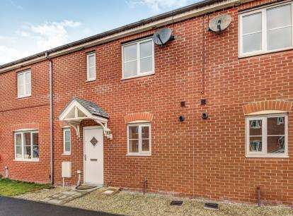 3 Bedrooms Terraced House for sale in Cloverfield, West Allotment, Newcastle Upon Tyne, Tyne and Wear, NE27