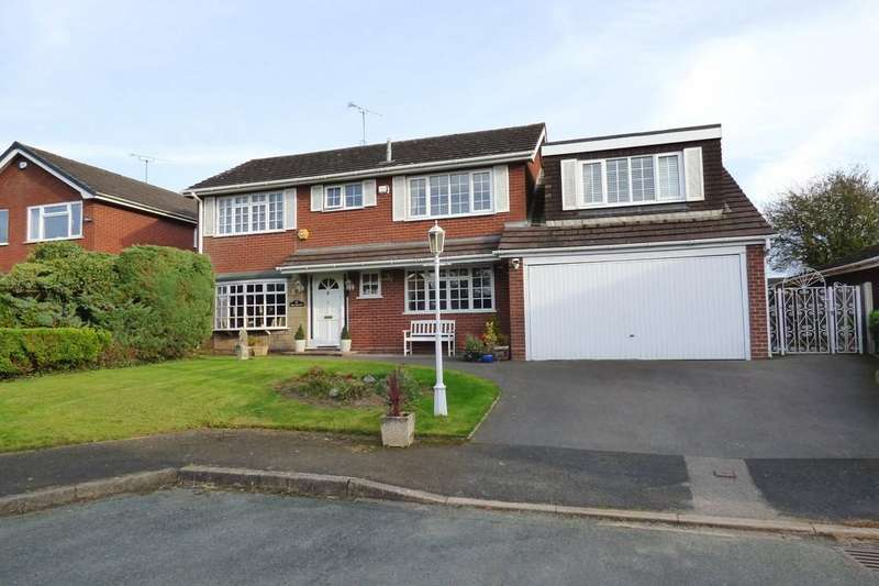 4 Bedrooms Detached House for sale in Fir Tree Close, Coppenhall, Stafford