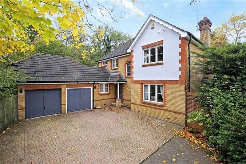 4 Bedrooms Detached House for sale in Little Brook Road, Roydon