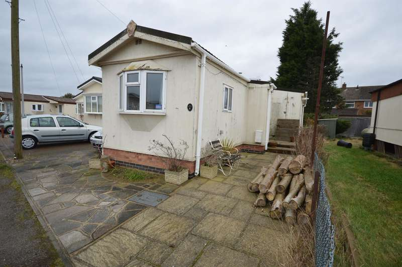 2 Bedrooms Park Home Mobile Home for sale in Chestnut Close, Littlethorpe, Leicester, LE19 2HN