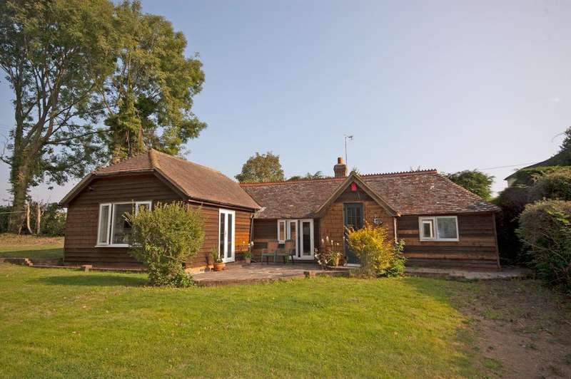 2 Bedrooms Cottage House for sale in Mill Street, Iden Green, Cranbrook TN17
