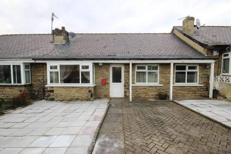 3 Bedrooms Bungalow for sale in Ennerdale Road, Bradford, West Yorkshire, BD2
