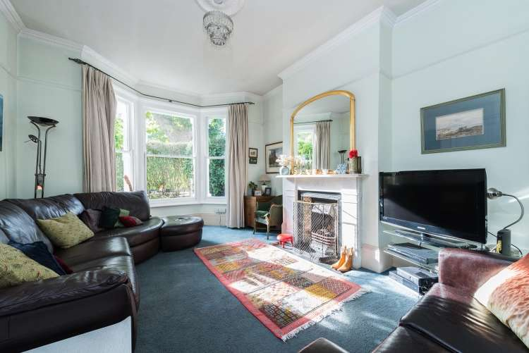 6 Bedrooms Semi Detached House for sale in Erlanger Road New Cross SE14