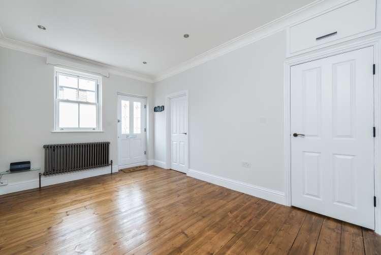 1 Bedroom Flat for sale in Monson Road New Cross SE14