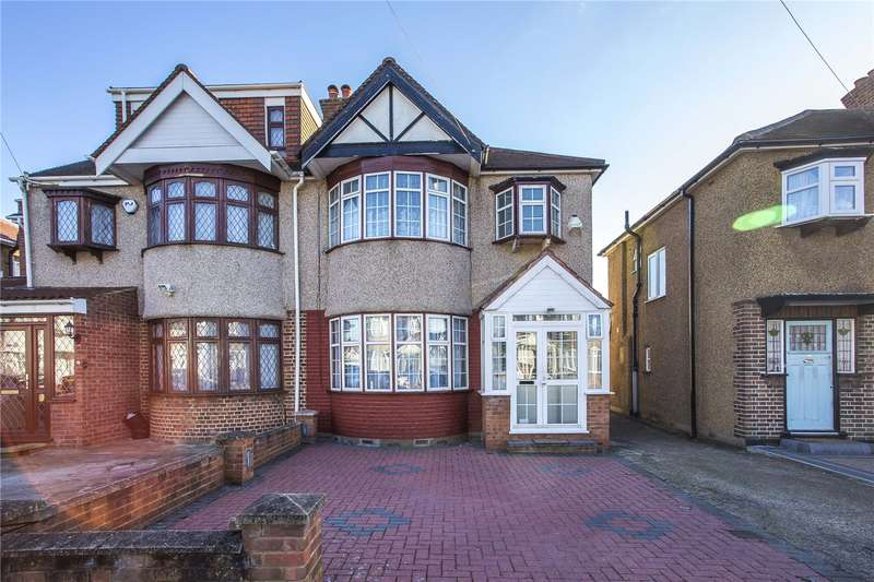 3 Bedrooms Semi Detached House for sale in Formby Avenue, Stanmore, HA7