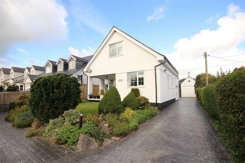 3 Bedrooms Detached House for sale in Bryn Artro, Tafarn Y Gelyn, Llanferres, Denbighshire