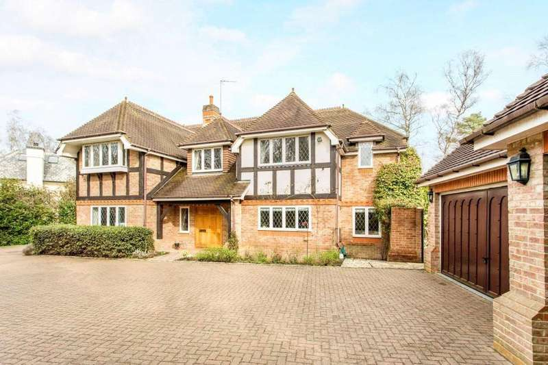 5 Bedrooms House for rent in Badgers Hill, Wentworth, Virginia Water, Surrey, GU25