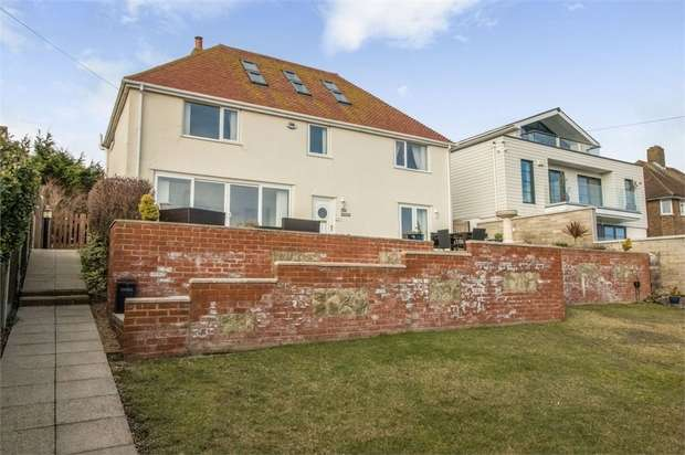 3 Bedrooms Detached House for sale in Salisbury Road, St Margarets Bay, Dover, Kent