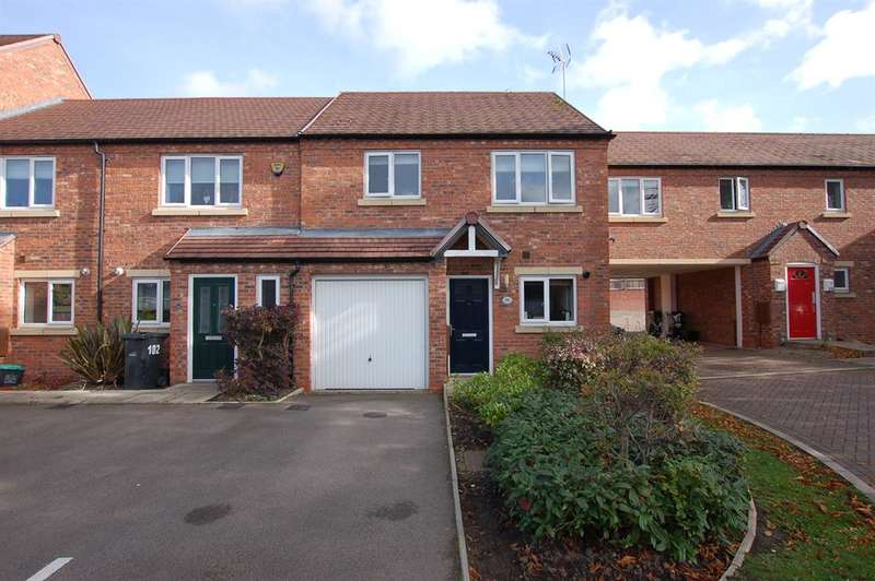 3 Bedrooms House for sale in Marshall Crescent, Wordsley, DY8 5TA