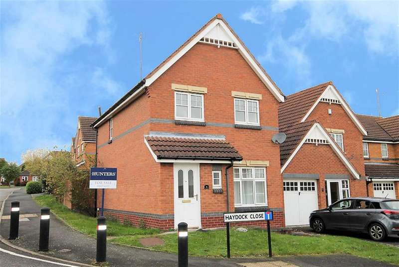 3 Bedrooms Detached House for sale in Haydock Close, Dosthill, B77 1QR