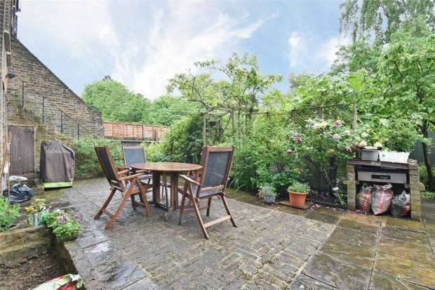 2 Bedrooms Flat for sale in Christchurch Avenue, London NW6