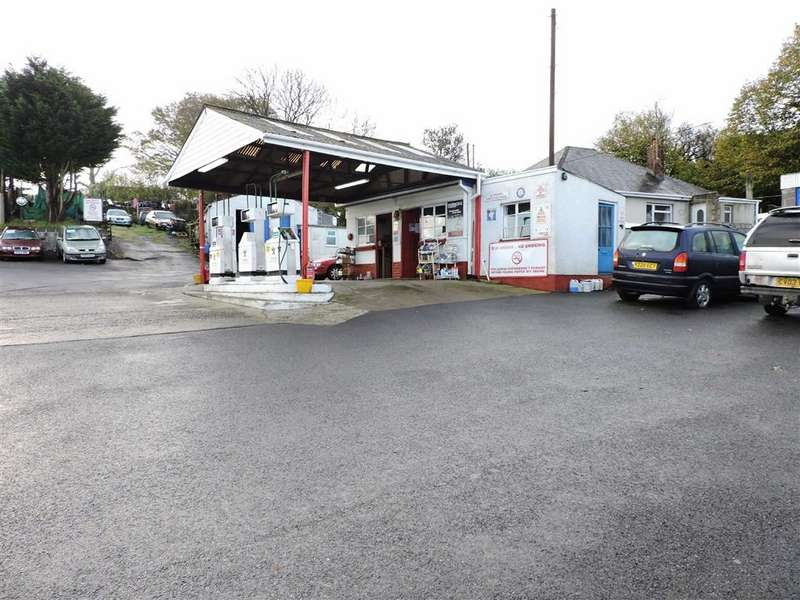 3 Bedrooms Retail Property (high Street) Commercial for sale in Pontantwn, Pontantwn Kidwelly