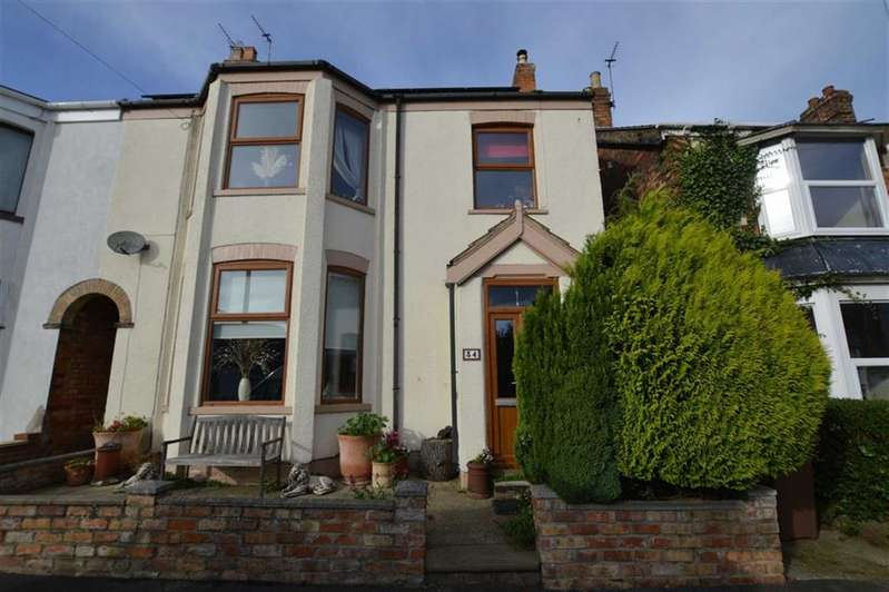 3 Bedrooms Semi Detached House for sale in Clifford Street, Hornsea, East Yorkshire