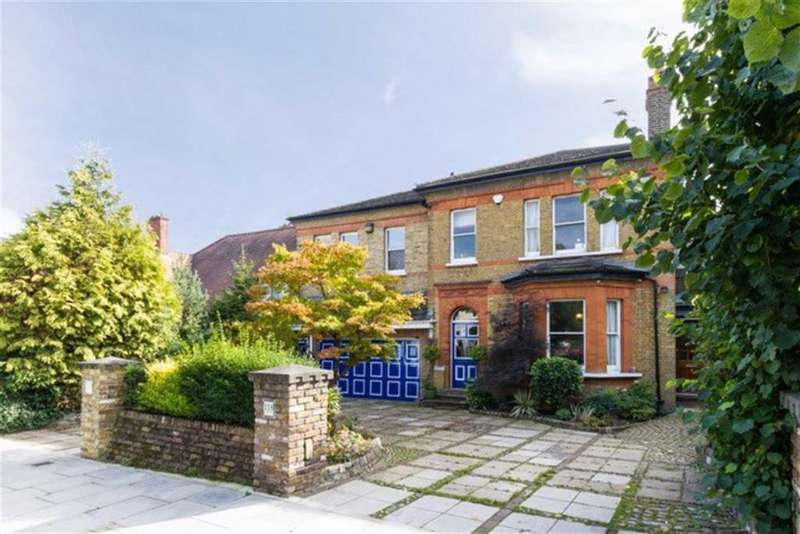 6 Bedrooms Detached House for sale in Friern Park, North Finchley, London