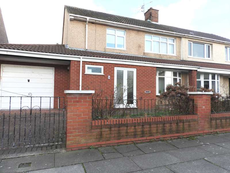 4 Bedrooms Semi Detached House for sale in Colwall Road, Northwood