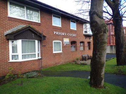 1 Bedroom Flat for sale in Priory Court, Blackpool, Lancashire, FY1