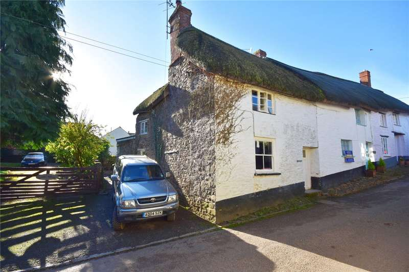 2 Bedrooms End Of Terrace House for sale in East Street, Chulmleigh, Devon, EX18