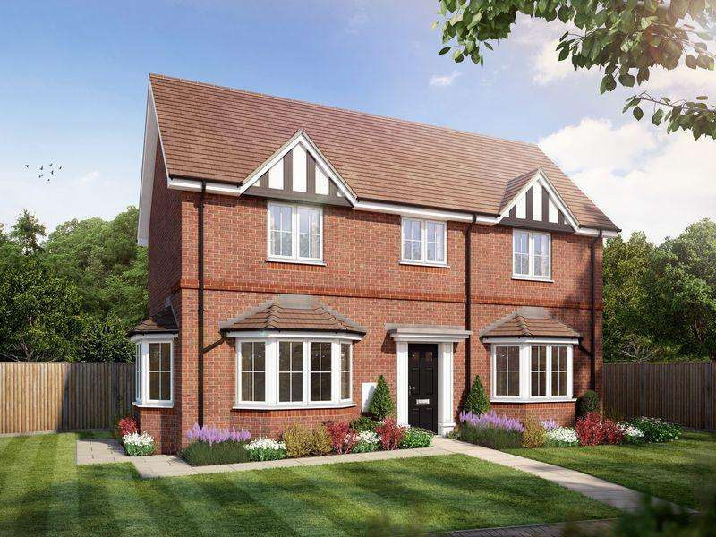 3 Bedrooms Detached House for sale in The Loxwood, Amlets Place, Cranleigh