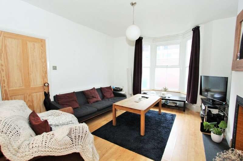 4 Bedrooms Terraced House for rent in Marlborough Road, London, London, N19