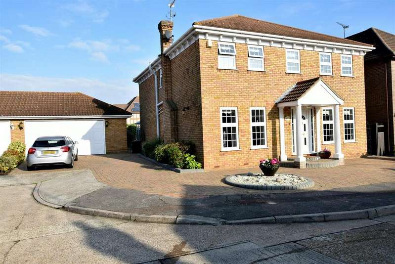 5 Bedrooms Detached House for sale in Benfleet
