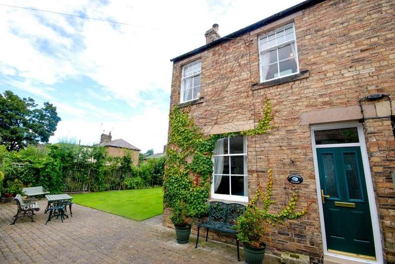2 Bedrooms Cottage House for sale in The Butts, Warkworth
