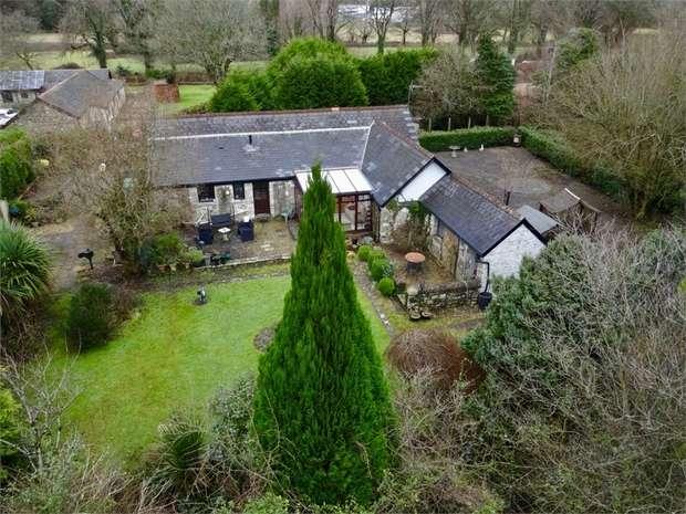 3 Bedrooms Detached Bungalow for sale in Pen Y Fai, Bridgend, Bridgend, Mid Glamorgan