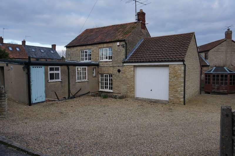 2 Bedrooms Detached House for sale in NORTHAMPTON ROAD, LAVENDON