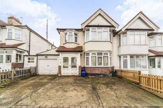 3 Bedrooms Semi Detached House for sale in Grange Road, London