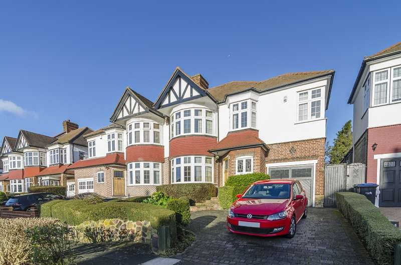 3 Bedrooms Semi Detached House for sale in Minchenden Crescent, Southgate, London. N14