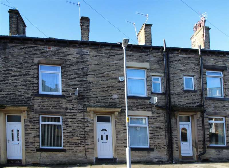 4 Bedrooms Terraced House for sale in Brougham Street, Boothtown, Halifax
