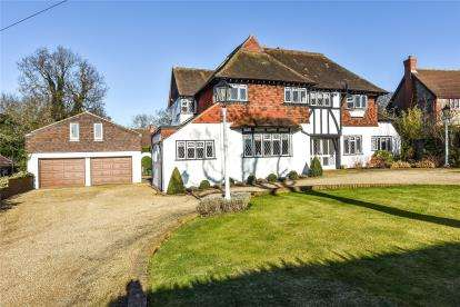 5 Bedrooms Detached House for sale in Barnfield Wood Road, Beckenham
