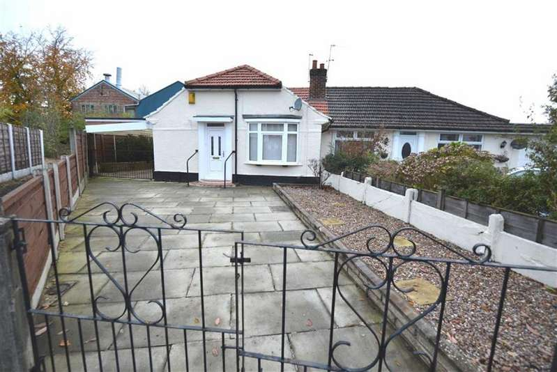 2 Bedrooms Bungalow for sale in Hastings Drive, Urmston, Manchester