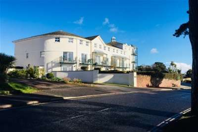 3 Bedrooms Town House for rent in Goodrington